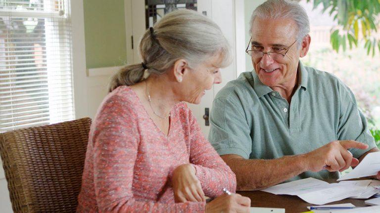 Educación financiera: ¿Cuáles son los gastos prioritarios en los mayores de 60?