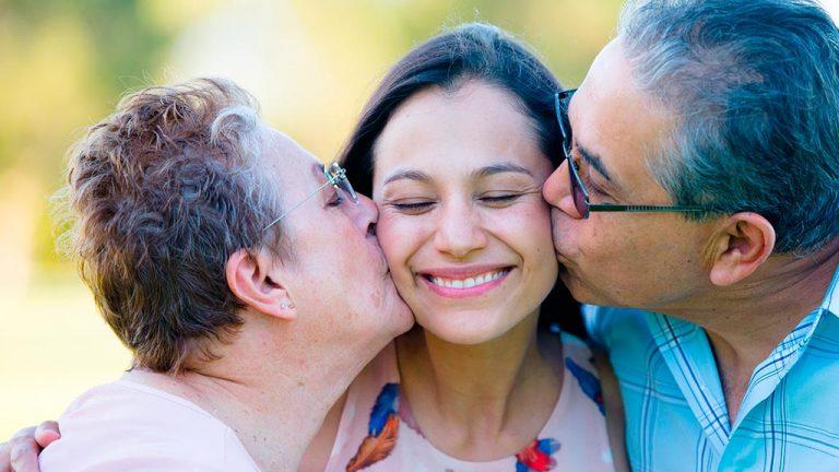 Mantener un vínculo cercano con los hijos adultos
