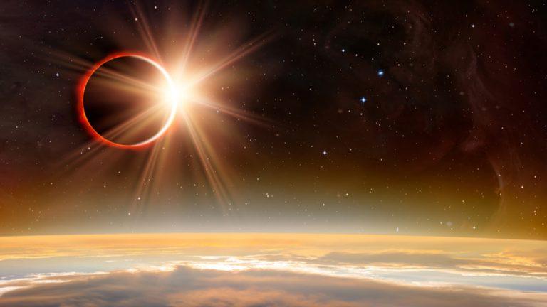 Eclipse: Un juego de luz y sombra